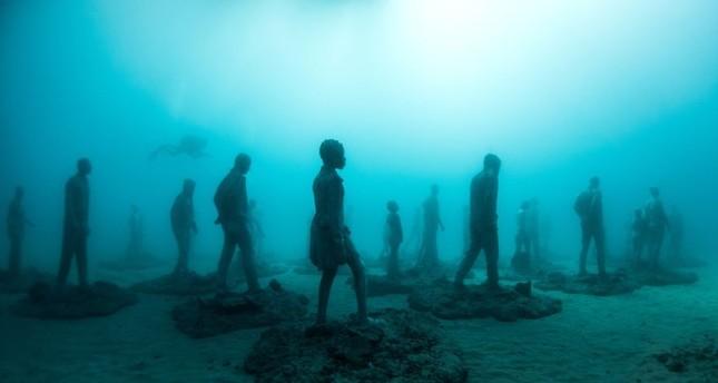 Chiêm ngưỡng bảo tàng khắc đá có '1-0-2' dưới lòng Đại Tây Dương - ảnh 1