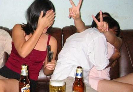 Đêm tủi phận 'chiều' 3 quý bà khát tình của gã trai Hà thành - ảnh 3