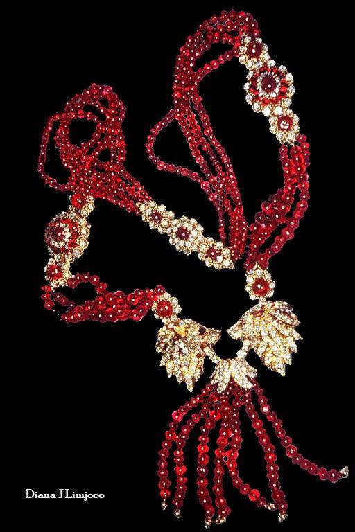 Chiêm ngưỡng bộ trang sức 'khủng' của vợ nhà độc tài Philippines - ảnh 4