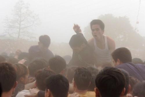 Chen lấn, hỗn loạn, ngất xỉu ở hội phết Hiền Quan - ảnh 11