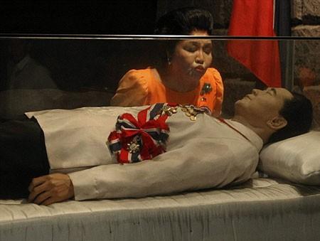Bí mật khó tin của đệ nhất phu nhân cố Tổng thống Philippines - ảnh 5
