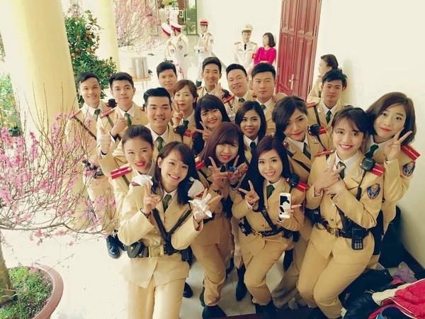 Ngất ngây với vẻ đẹp của nữ cảnh sát giao thông Việt Nam - ảnh 3