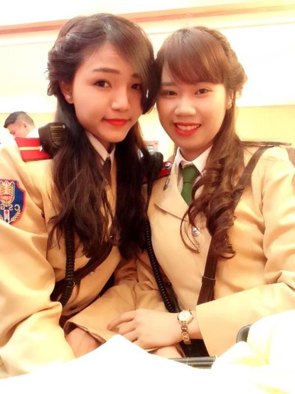 Ngất ngây với vẻ đẹp của nữ cảnh sát giao thông Việt Nam - ảnh 4