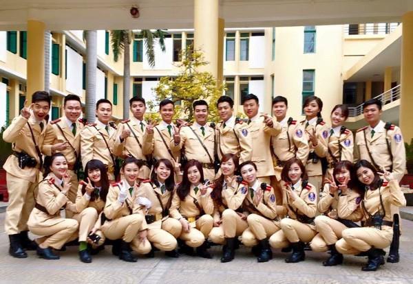 Ngất ngây với vẻ đẹp của nữ cảnh sát giao thông Việt Nam - ảnh 5