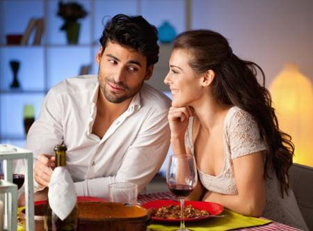Những hành động của bạn khiến chồng yêu hoài 'không biết chán' - ảnh 1
