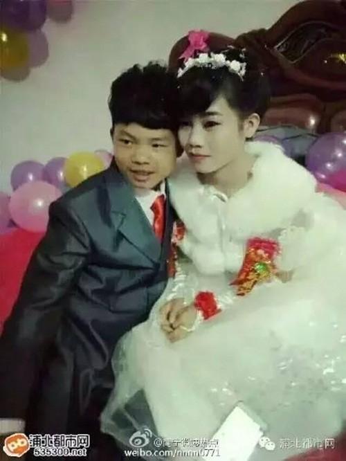 Cặp đôi lệch chú rể 13 tuổi lấy vợ 16 tuổi gây sốt cộng đồng mạng - ảnh 2