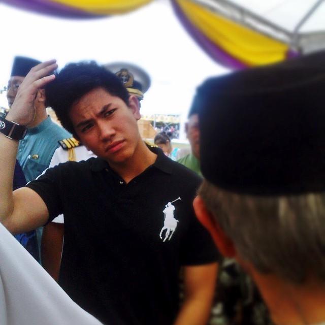 Soi khối tài sản khủng của hoàng tử 'soái ca' Brunei - ảnh 1