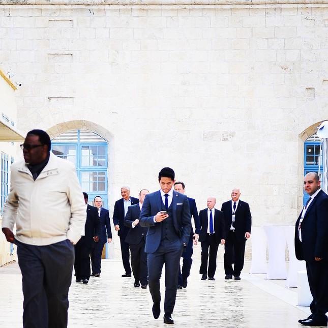 Soi khối tài sản khủng của hoàng tử 'soái ca' Brunei - ảnh 7