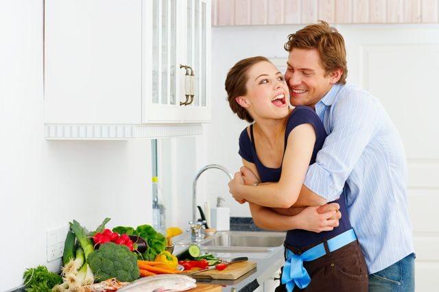 Những lý do khiến chồng yêu chiều vợ hơn cả 'vàng mười' - ảnh 1