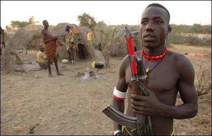 Hãi hùng bộ tộc uống tiết bò làm 'nước giải khát' - ảnh 1