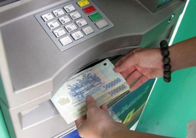 Cách rút tiền tại ATM dễ dàng trong dịp Tết - ảnh 1
