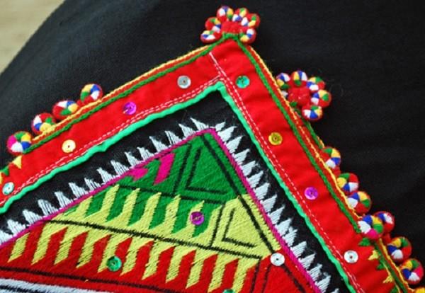 Ý nghĩa của chiếc khăn Piêu - biểu tượng tín ngưỡng người Thái - ảnh 1