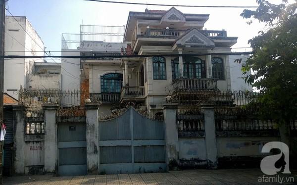 Sự thật bất ngờ trong biệt thự bị đồn 'có ma' giữa Sài Gòn - ảnh 4