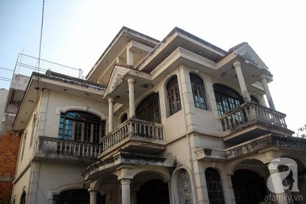 Sự thật bất ngờ trong biệt thự bị đồn 'có ma' giữa Sài Gòn - ảnh 5