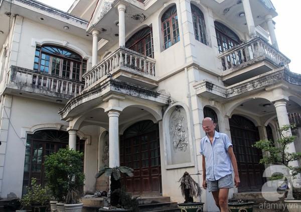 Sự thật bất ngờ trong biệt thự bị đồn 'có ma' giữa Sài Gòn - ảnh 7