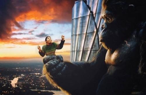 Cười vỡ bụng với ảnh chế khuôn mặt bà cô Việt trong 'King Kong' - ảnh 6