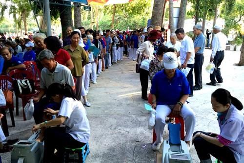 Vinamilk tư vấn sức khỏe cho hơn 2.100 người tại TP HCM - ảnh 1