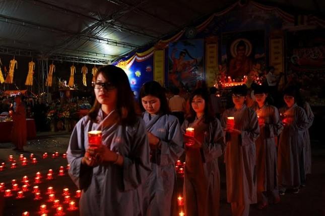 Hàng ngàn người dự Đêm hội Hoa đăng Tây Thiên - ảnh 8