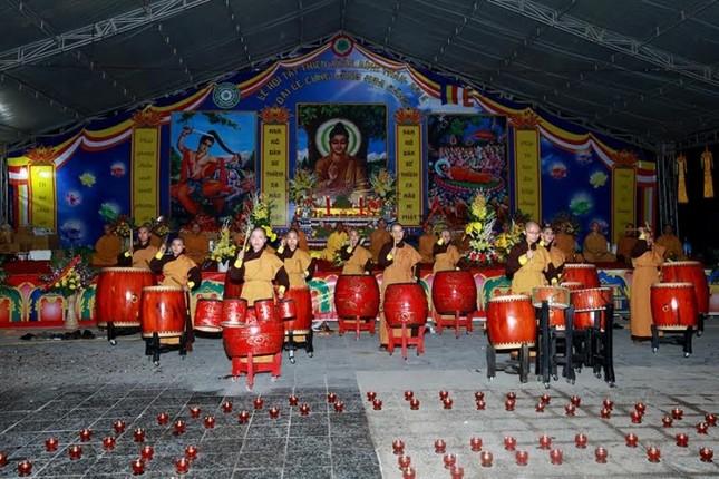Hàng ngàn người dự Đêm hội Hoa đăng Tây Thiên - ảnh 4