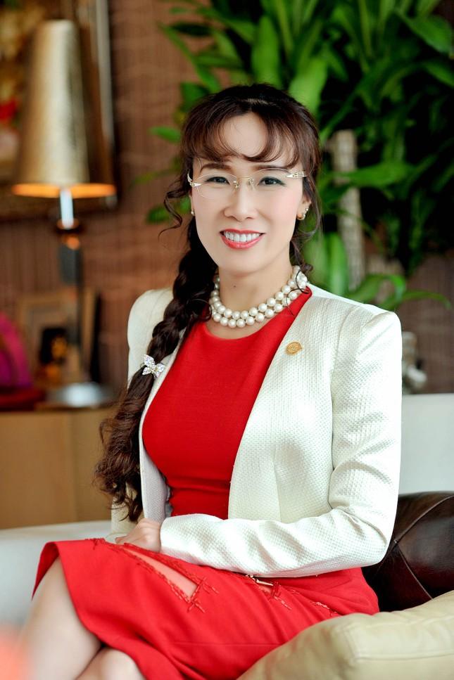 CEO Vietjet Air sẽ là nữ tỷ phú tự thân đầu tiên tại Việt Nam - ảnh 1