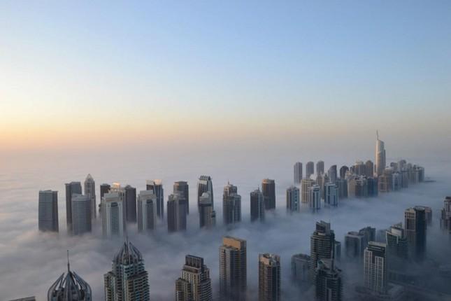 Bộ ảnh Dubai 'biến hóa' thành thành phố xa xỉ sau 60 năm - ảnh 10