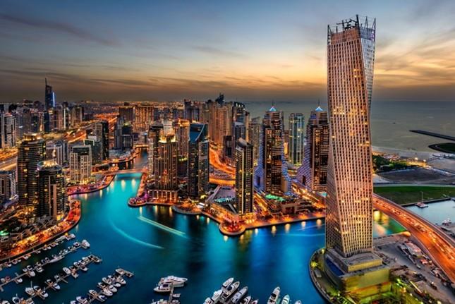 Bộ ảnh Dubai 'biến hóa' thành thành phố xa xỉ sau 60 năm - ảnh 14