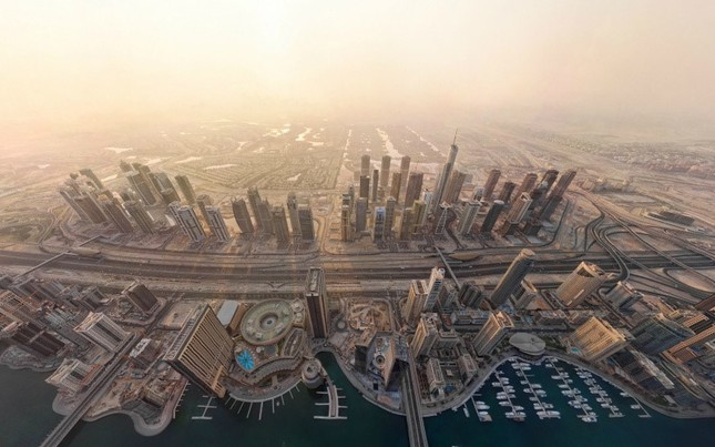 Bộ ảnh Dubai 'biến hóa' thành thành phố xa xỉ sau 60 năm - ảnh 6