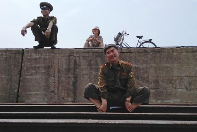 Triều Tiên qua những bức ảnh 'chụp lén' bằng điện thoại - ảnh 1