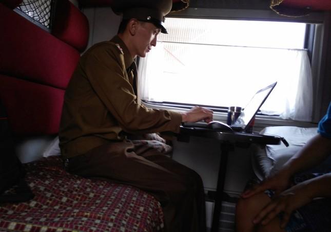 Triều Tiên qua những bức ảnh 'chụp lén' bằng điện thoại - ảnh 12