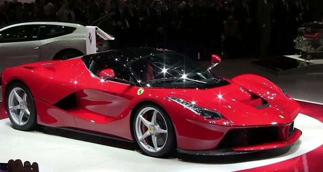 Tỷ phú cắm siêu xe Ferrari vay 100 triệu: Ngân hàng hớ nặng - ảnh 1