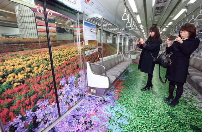 Những toa tàu điện ngầm 'không ai nỡ bước lên' ở Hàn Quốc - ảnh 3