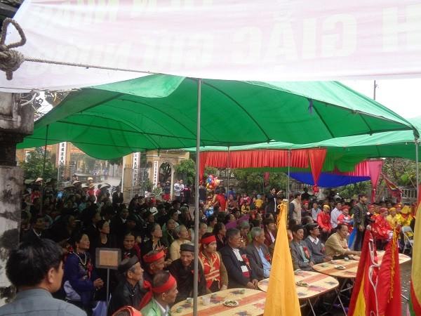Tưng bừng lễ khai hội vị tổ nghề ca trù Việt Nam - ảnh 1
