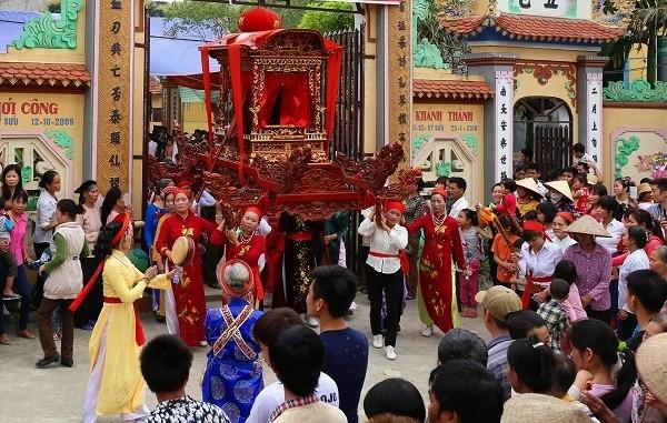 Tưng bừng lễ khai hội vị tổ nghề ca trù Việt Nam - ảnh 2