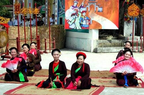 Tưng bừng lễ khai hội vị tổ nghề ca trù Việt Nam - ảnh 3