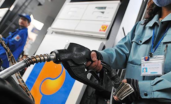Xăng dầu 'móc túi' dân 3.500 tỷ: Hội bảo vệ NTD đứng ngoài cuộc? - ảnh 1