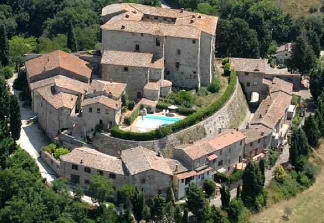 8,3 triệu đô la để tìm chủ nhân cho lâu đài hơn 10 thế kỷ ở Ý - ảnh 1