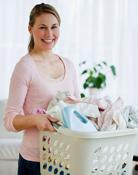 Những lầm tưởng mẹ hay mắc phải khi giặt đồ sơ sinh cho trẻ  - ảnh 1