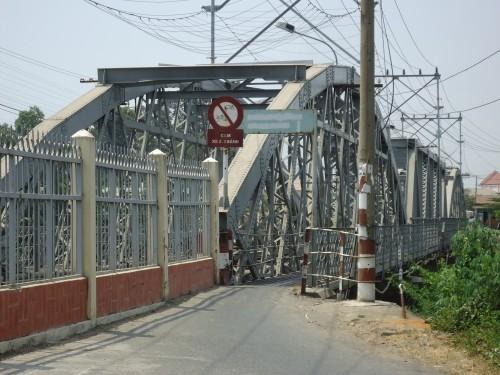 Nhân vụ sập cầu Ghềnh: Cụ cầu Rạch Cát đang 'hấp hối' - ảnh 3