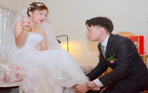 Cô dâu khóc thét với bộ ảnh cưới 3000 đô xấu tệ - ảnh 1