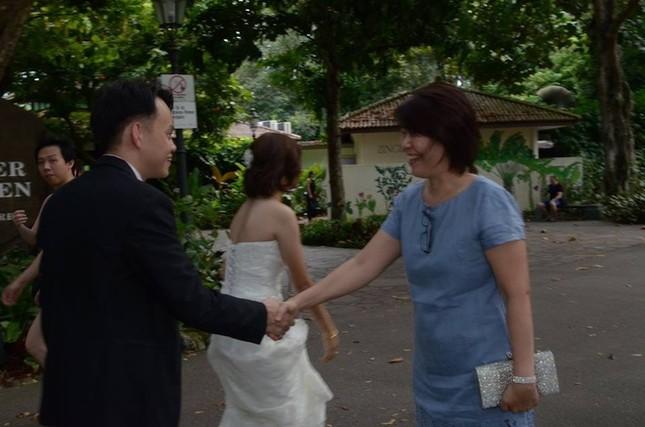 Cô dâu khóc thét với bộ ảnh cưới 3000 đô xấu tệ - ảnh 11