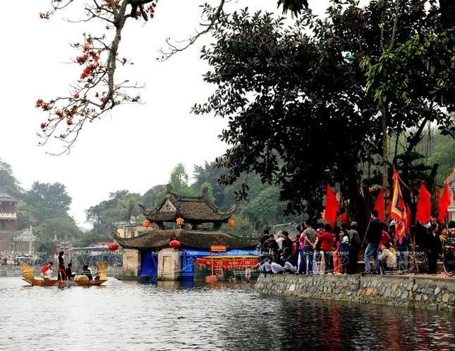 Kì bí ngôi chùa có hang chứa hài cốt lớn nhất Hà Nội - ảnh 7
