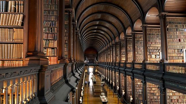 Chiêm ngưỡng thư viện cổ hơn 300 năm tuổi - ảnh 5