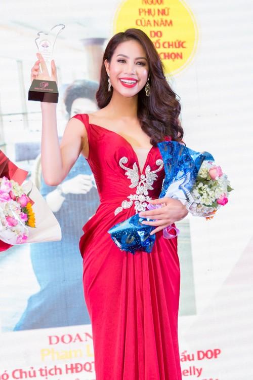 Lan Khuê 'đăng quang lần nữa' với danh hiệu Người phụ nữ của năm - ảnh 5