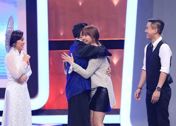 Trấn Thành 'nổi ghen' vì Vân Sơn liên tục ôm Hari Won - ảnh 2