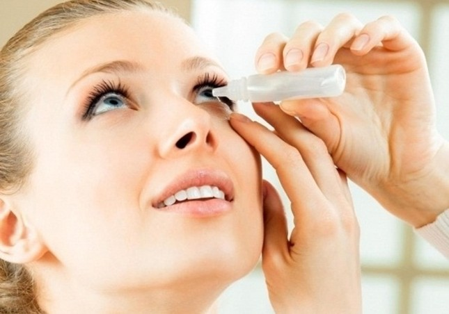 Sai lầm chết người khi dùng thuốc nhỏ mắt bạn cần biết ngay  - ảnh 1
