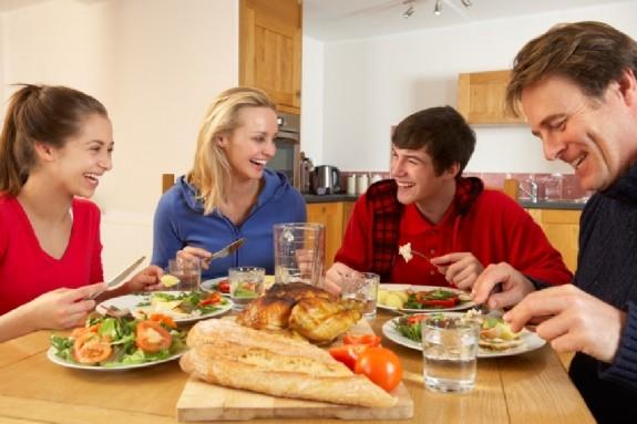 Những thói quen sau bữa ăn làm bạn chết sớm hơn bất cứ ai - ảnh 1
