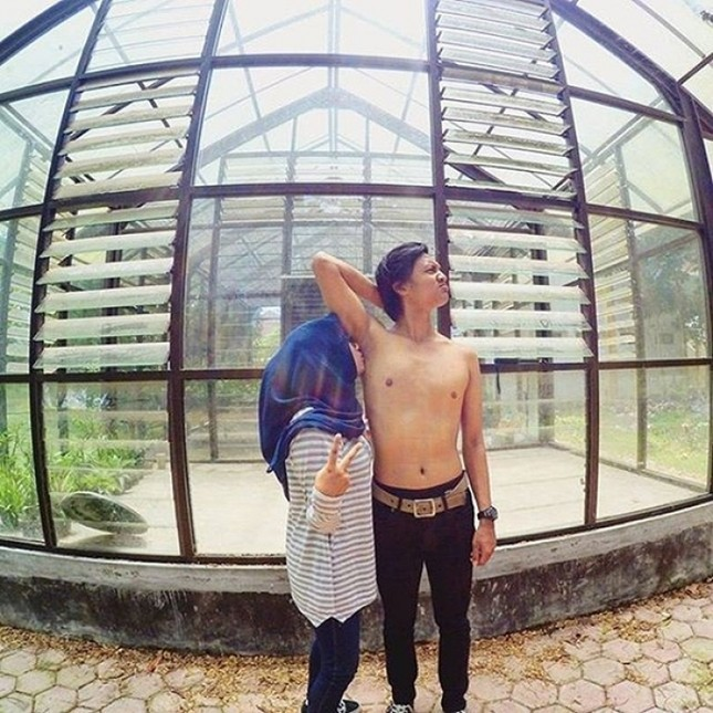 Hôn nách ở Indonesia mới là yêu thật sự - ảnh 3