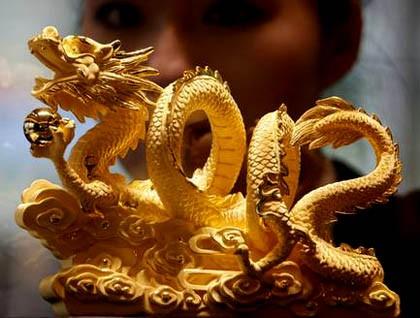 Ý nghĩa của tượng rồng bằng vàng ròng ở Châu Á - ảnh 1