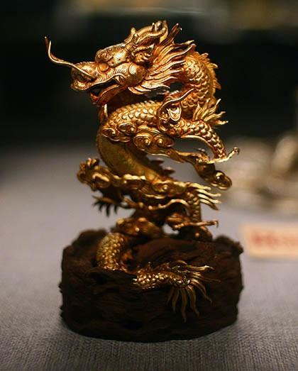 Ý nghĩa của tượng rồng bằng vàng ròng ở Châu Á - ảnh 3