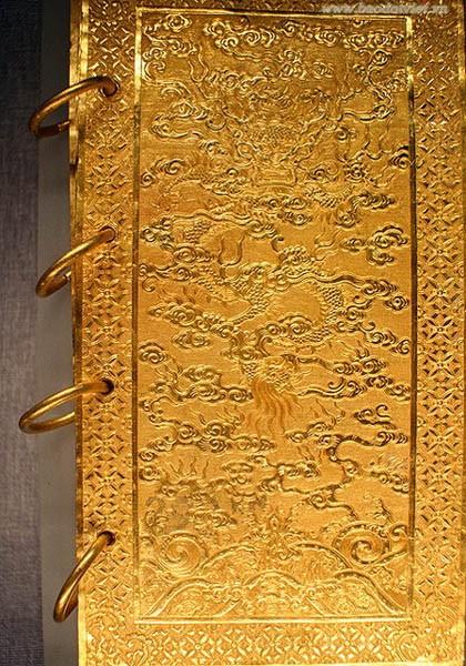 Ý nghĩa của tượng rồng bằng vàng ròng ở Châu Á - ảnh 4